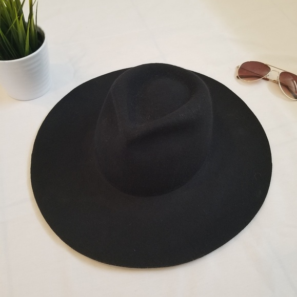 Madewell Accessories - Biltmore For Madewell Black Wool Hat b8534004fe36